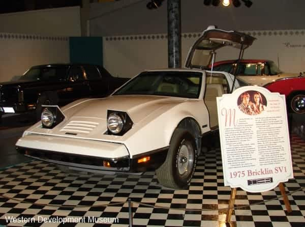 Classy Cars - Bricklin SV1